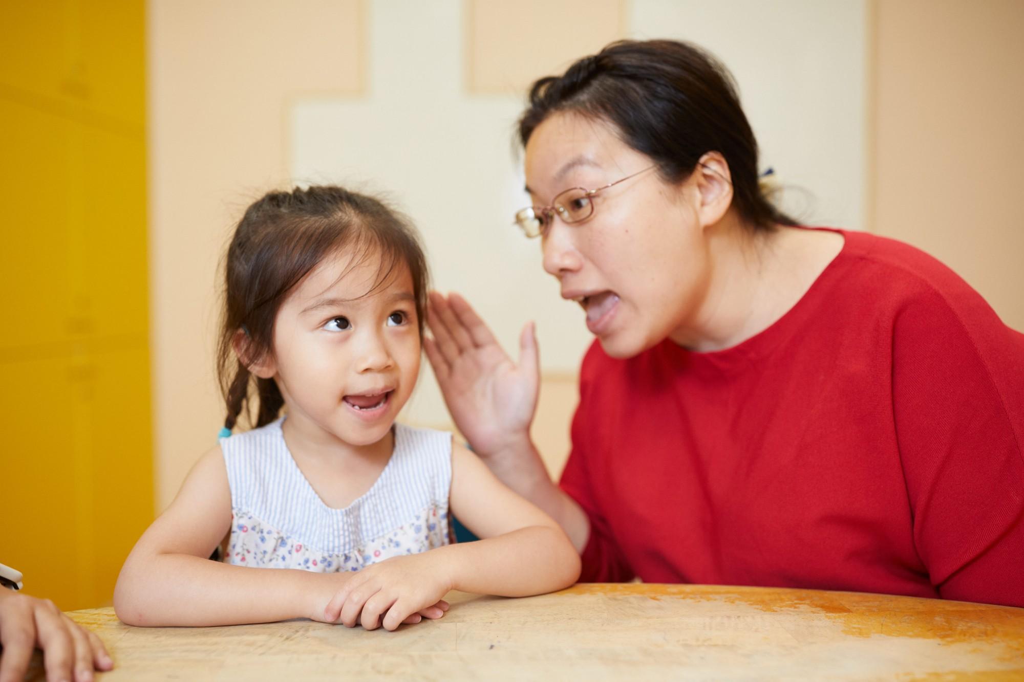 孩子總是「已讀不回」?這樣做引導他把話說出口::兒童語言發展::聽語發展指南::